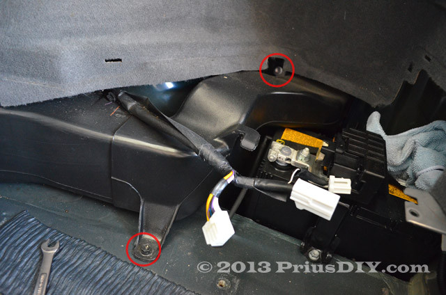 Replacement Of 12v Auxiliary Battery In Toyota Prius